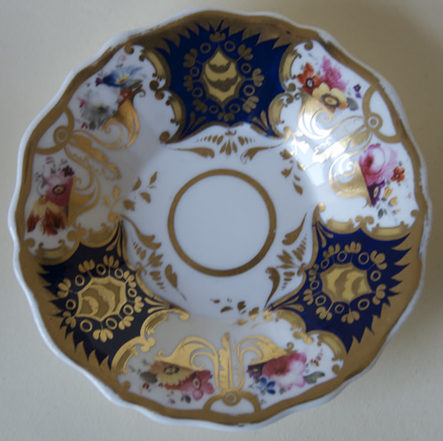 Pattern 2/1226 saucer front