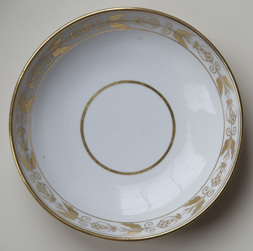 Pattern 2/252 saucer front