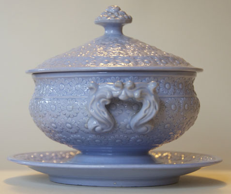 Pattern 482 covered bowl and stand end