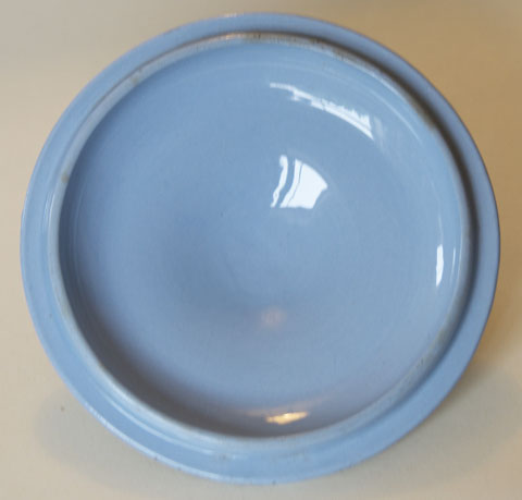 Pattern 818 covered bowl and stand cover underside