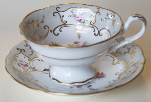 Pattern 2/7924 tea cup and saucer