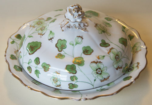 Pattern 2/4023 covered muffin dish