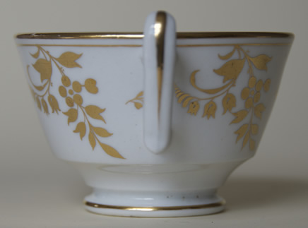 Pattern 2/405 saucer tea cup handle side