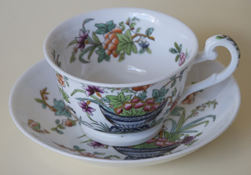 Pattern 2/818 tea cup and saucer