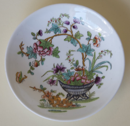 Pattern 2/818 saucer front