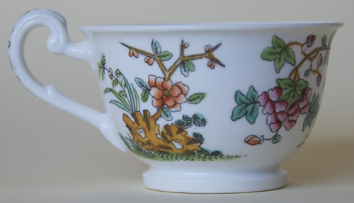 Pattern 2/818 tea cup right side