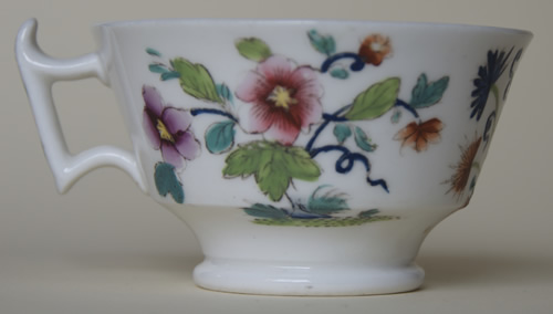 Pattern 2/713 tea cup right side