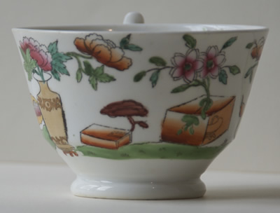 Pattern 2/643 tea cup middle side