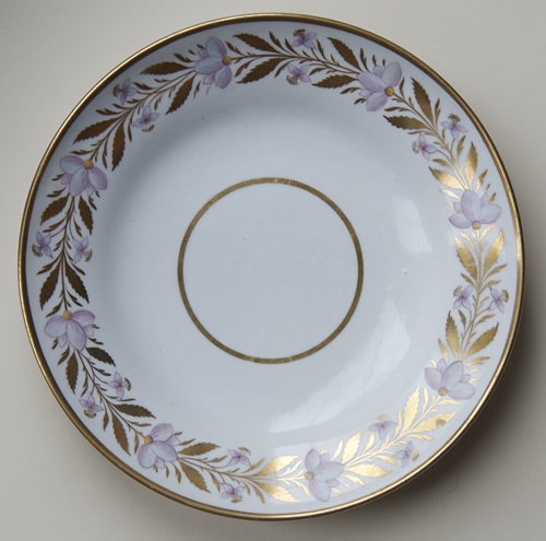 Pattern 405 small saucer dish front