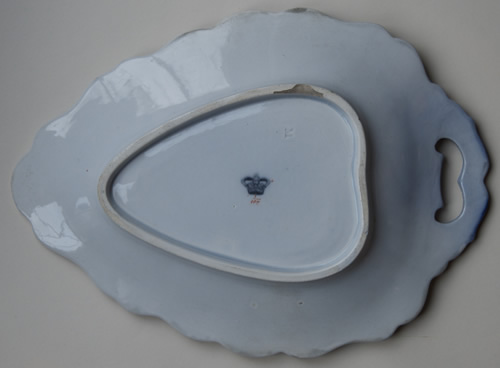 Pattern 3/1307 leaf dessert dish back
