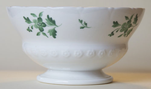 Pattern 2/3294 slop bowl side