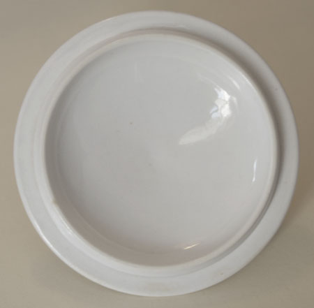 Pattern 472 covered bowl and stand cover underside