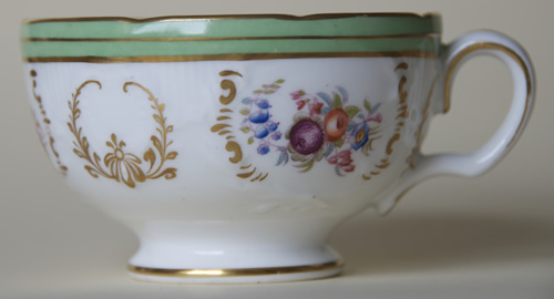 Pattern 5/1466 tea cup left side