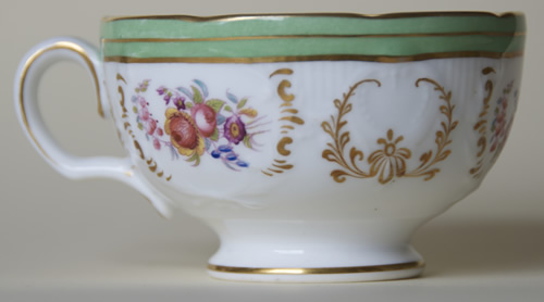 Pattern 5/1466 tea cup right side