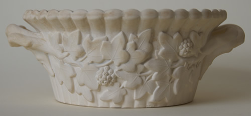 Sylvan covered butter dish body side