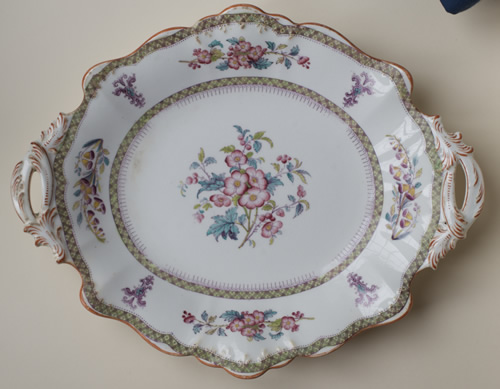 Pattern 8270 oval dessert dish front