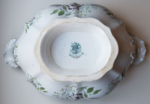 Pattern 580 tureen base