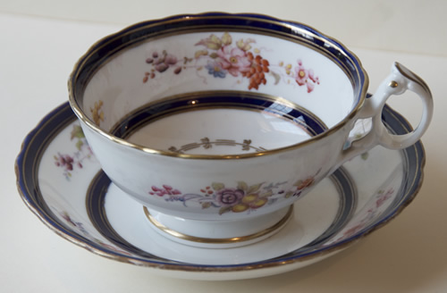 Pattern 2/6356 breakfast cup and saucer