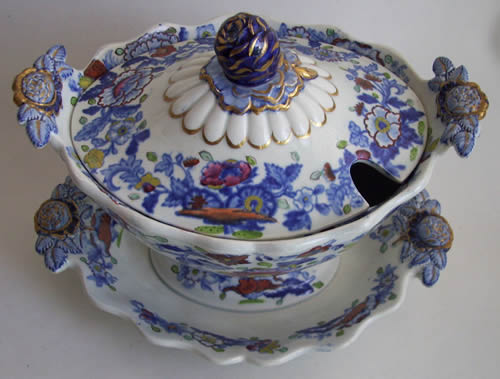 Pattern 844 dessert tureen from above