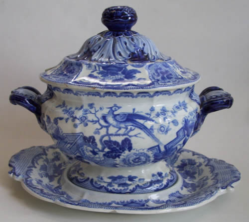 Bird and Wyverns sauce tureen and stand