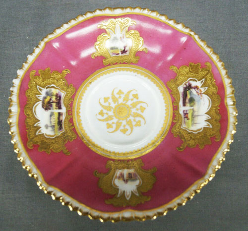 Pattern 952 saucer front