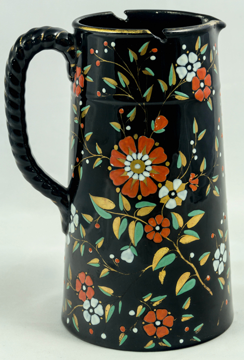 Pattern e/42 covered jug right side