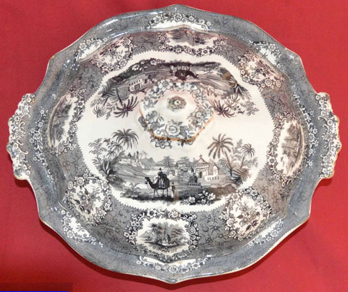 Oriental covered vegetable dish top