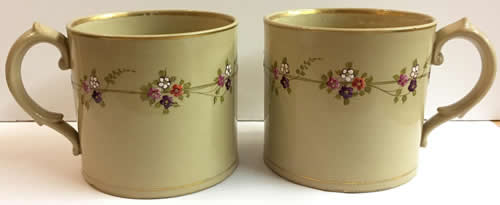 Pattern 776 pair of mugs side