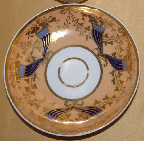 Pattern 2/937 saucer front