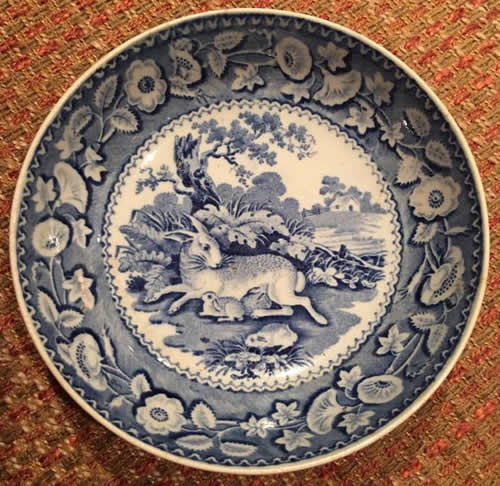 Hare and Leverets saucer front