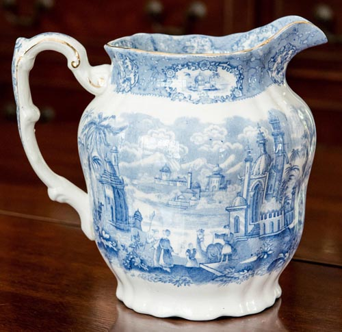 Oriental jug right side
